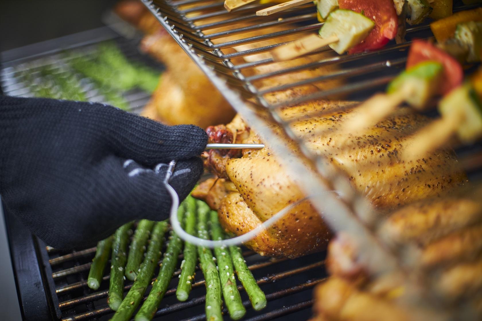 barbecue kookgerei folder aanbieding bij Action details