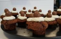 Recept: Chocoladecupcakes met vanille botercrème